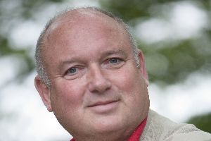 Louis de Bernieres in Edinburgh 2010. Picture by Ivon Bartholomew 2010.