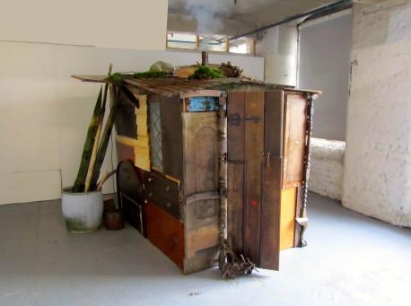 insideouthouse