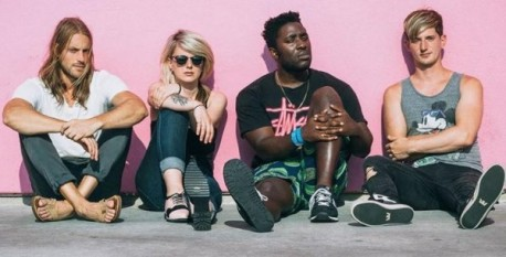600x305xbloc_party_hb_020915.jpg.pagespeed.ic.cdQPLEt1Ww