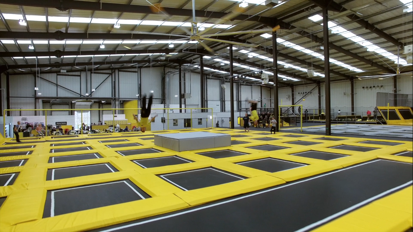 Now open: Go Air Manchester trampoline park w. DJs, dodgeball, kids sessions & more - Manchester ...