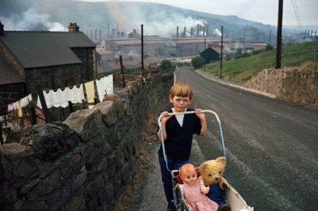 BruceDavidson_Wales_1965