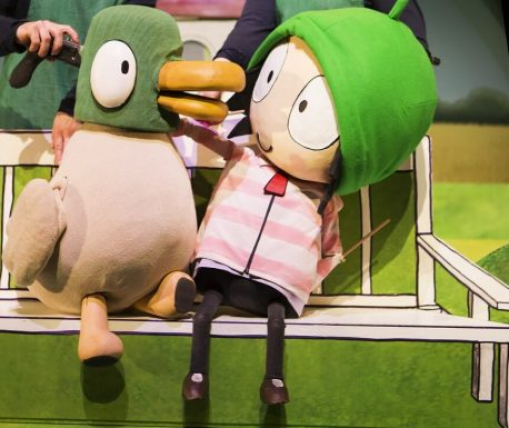 Sarah & Duck © Karrot Entertainment Distributed by BBC Worldwide Ltd.